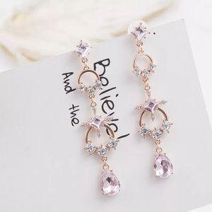 3️⃣@$30 Cross Crystal Rhinestones Stud Earrings